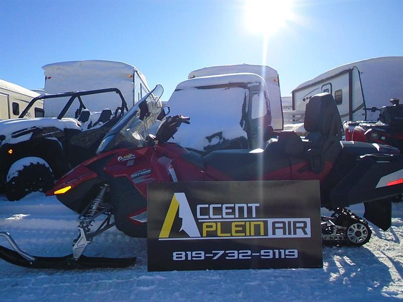 Ski-Doo Grand Touring 2010