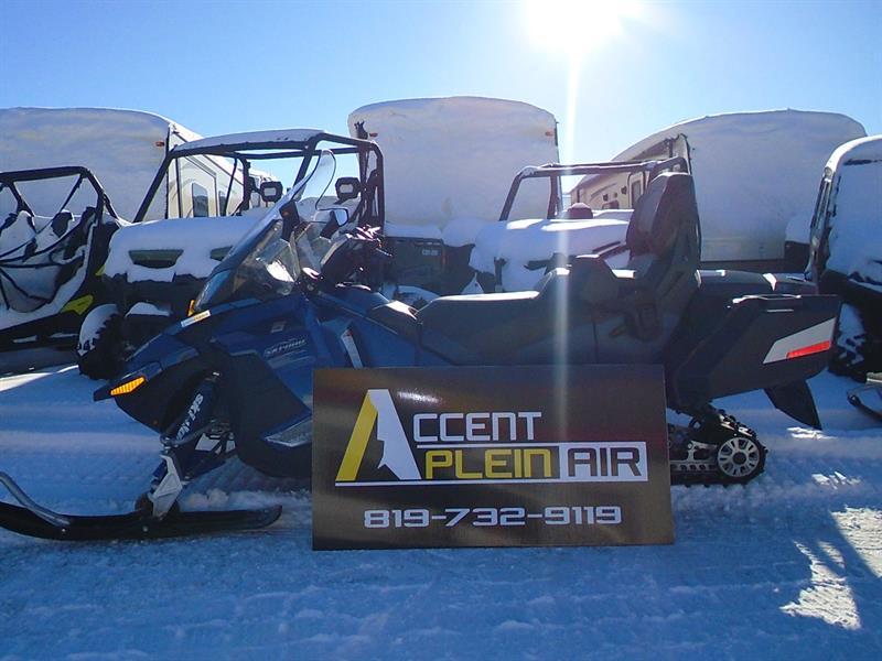 Ski-Doo Grand Touring 2011