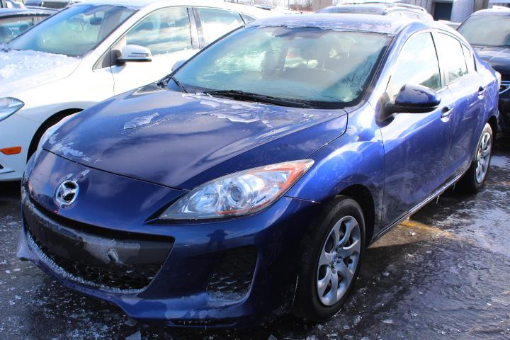 Mazda MAZDA3 2012 GX 4D Sedan 5sp #0000000635