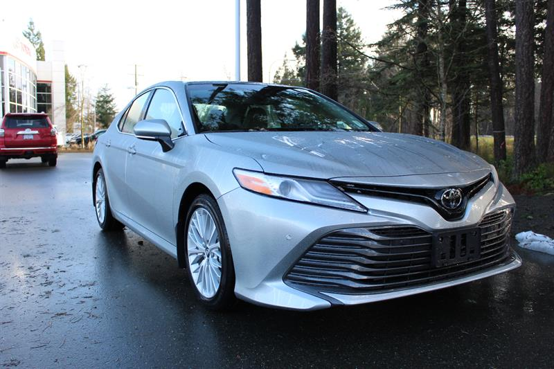 2018 Toyota Camry XLE #11610