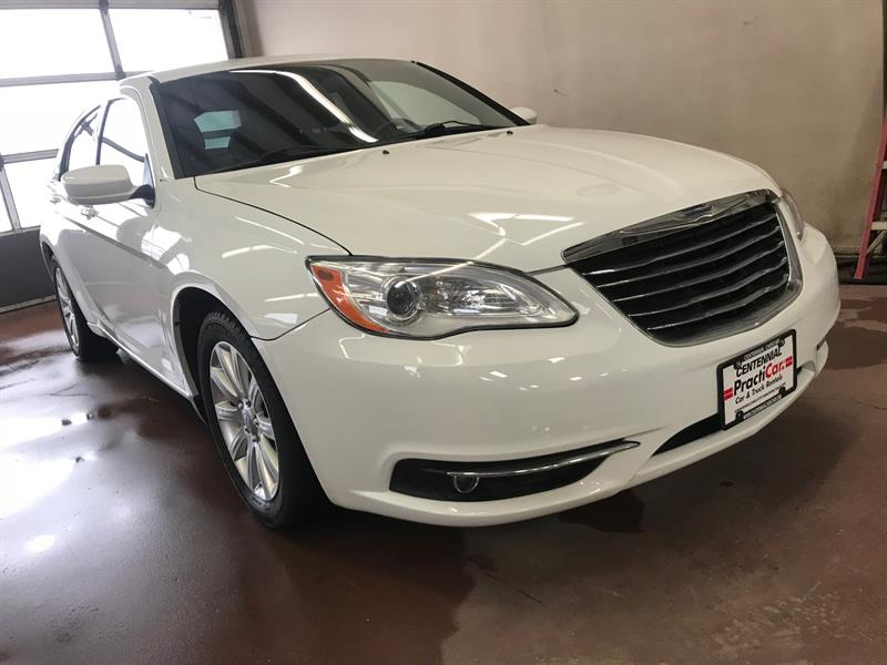 2012 Chrysler 200 4dr Sdn Touring #667R