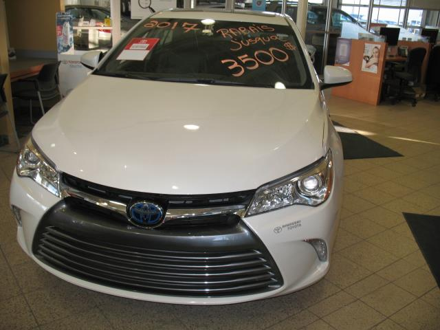 Toyota Camry Hybrid 2017 4dr Sdn #17192