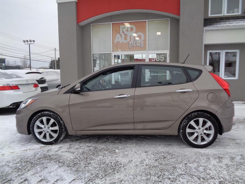 Hyundai Accent 2013 HATCHBACK  GLS #9485