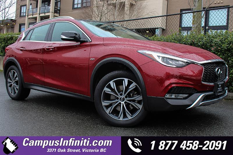 2017 Infiniti QX30 Base All-Wheel Drive Premium #17-QX3003