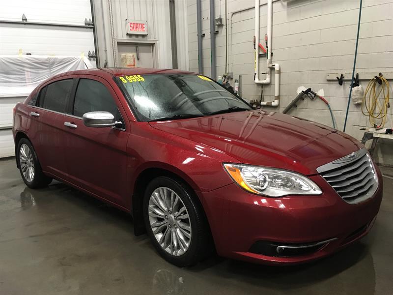 Chrysler 200 2012  Limited (CUIR, TOIT, ÉCRAN 5'') #03943B