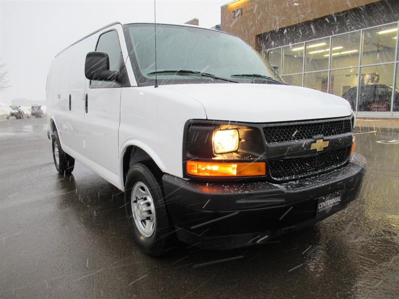 2017 Chevrolet Express Cargo Van RWD 2500 135 | 4.8L V8 #U443
