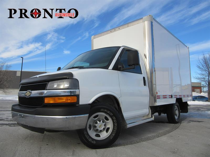 Chevrolet Express Commercial Cutaway 2013 3500 Cube 12 pieds ** Excellente condition! ** #3533