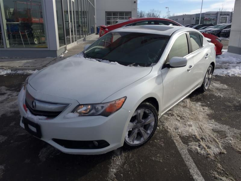 2014 Acura ILX Premium Package! #18-096A