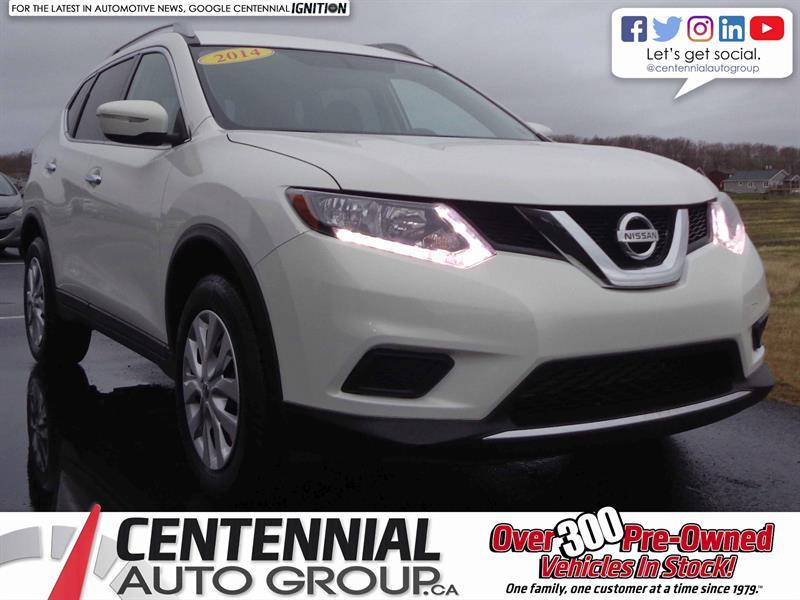 2014 Nissan Rogue S | 2.5L | i4-Cyl | Bluetooth | Cruise Control #SP17-048