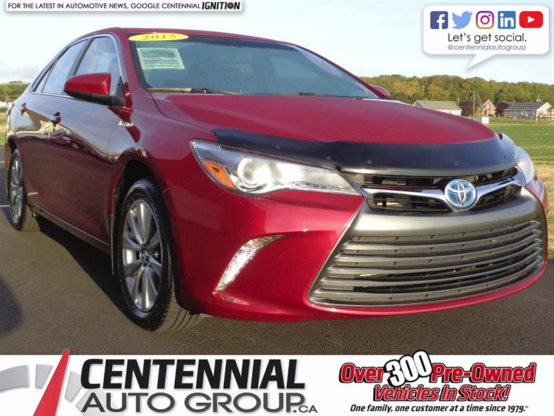 2015 Toyota Camry Hybrid XLE | 2.5L | Must Be Seen | Leather #S17-305A