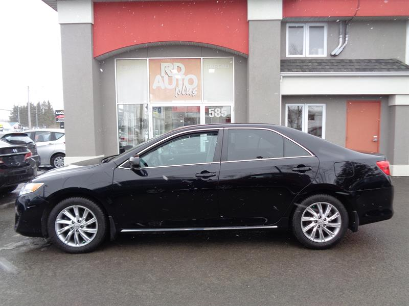 Toyota Camry 2013 TOIT OUVRANT***MAG #9516