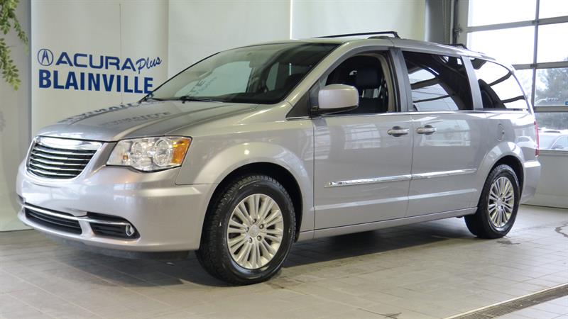 Chrysler Town - Country 2013 4dr Wgn Touring w-Leather #P5416A