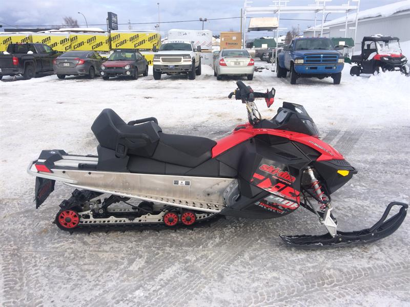 Ski-Doo Renegade 800Etec Backcountry 2011