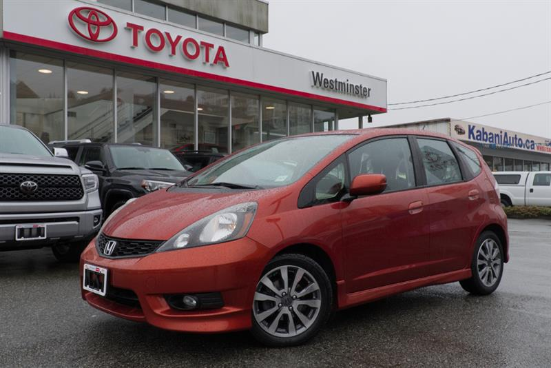 2013 Honda FIT 4 Door Hatchback Sport #HH17109C