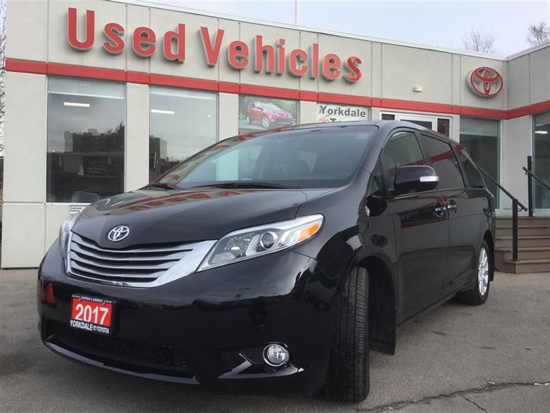 2017 Toyota Sienna LIMITED   Navi   Leather   DVD   R.Cam   Alloys #P6990