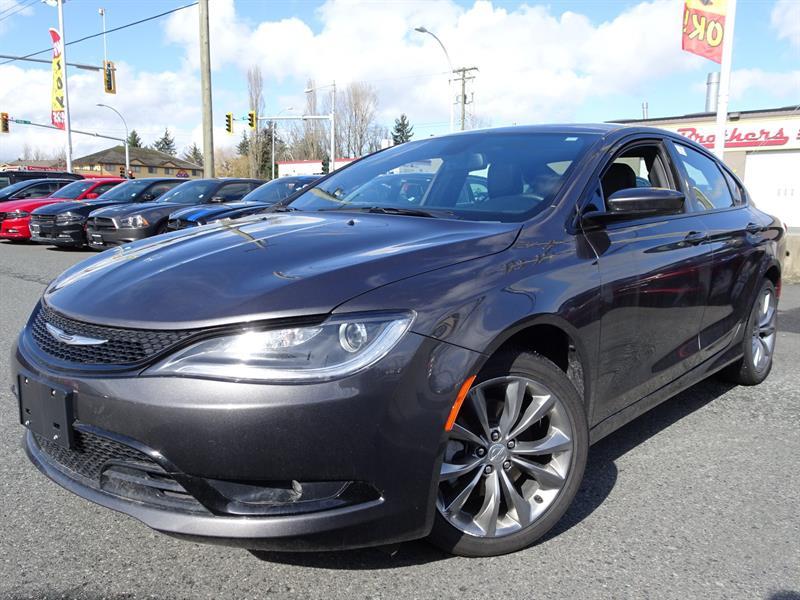 2016 Chrysler 200 S #18UP78