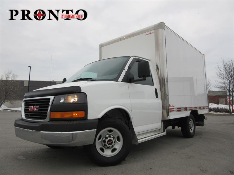 GMC Savana Commercial Cutaway 2011 3500 ** Cube 12 pieds ** Extra propre ** #3560
