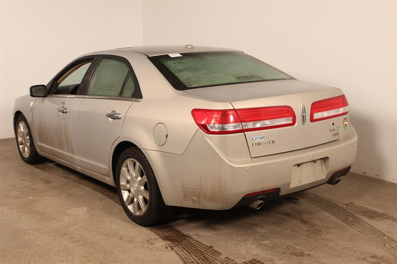 Lincoln MKZ 2010 ** AWD ** TOIT OUVRANT **BAS KM #U3440