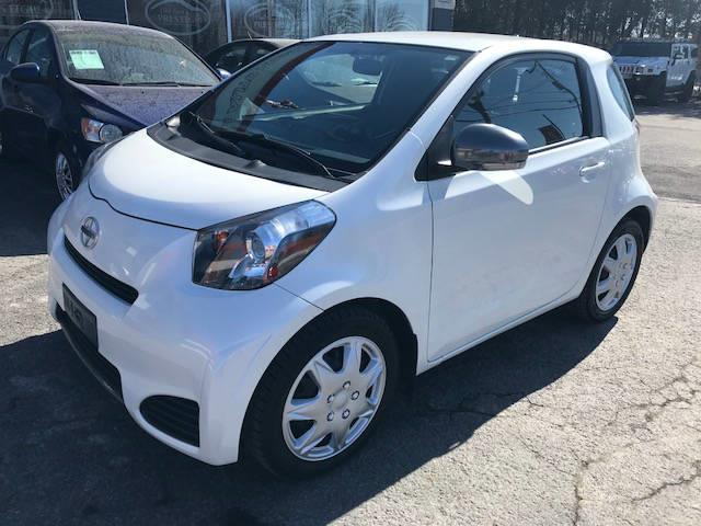 Scion iQ 2013 Hayon 3 portes #066-4156-TH SUTIL