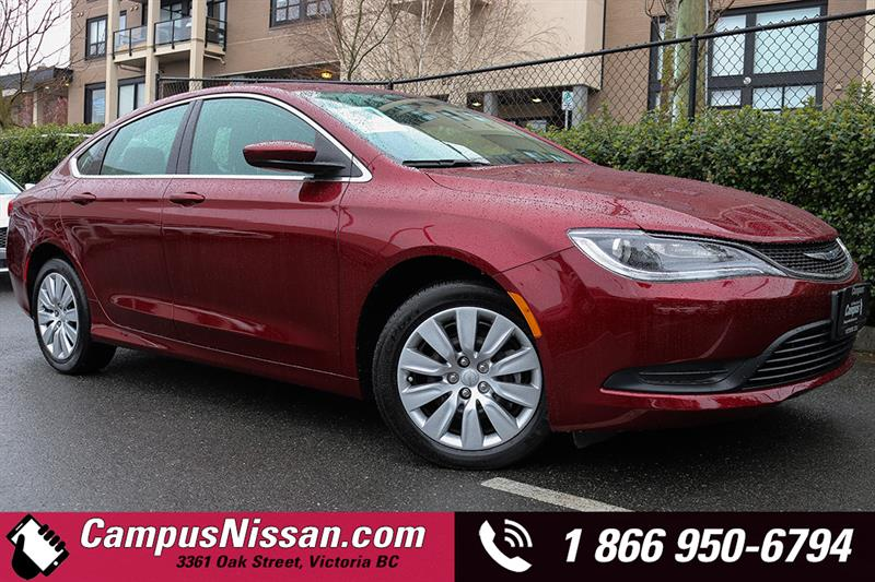 2015 Chrysler 200 LX FWD Sedan #JN2790A