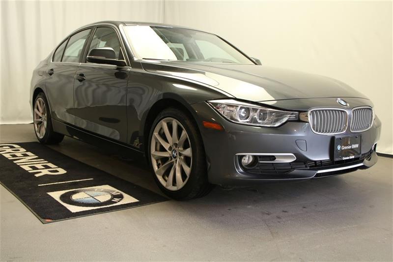 2014 BMW 320i xDrive navigation+xénon+ligne moderne+financement 0.9% #B0292
