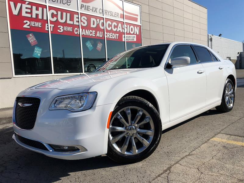 Chrysler 300 2017 4dr Sdn Touring AWD+TOIT PANO+CUIR+MAGS+WOW! #Ud4567