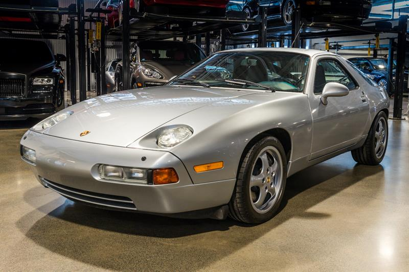 Porsche 928 1994 EXTREMELY RARE GTS, 5 SPEED MANUAL!