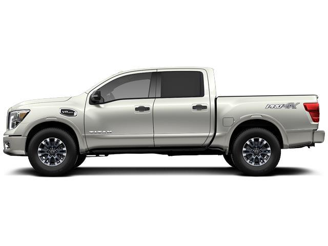 2018 Nissan Titan PRO-4X #8-U447