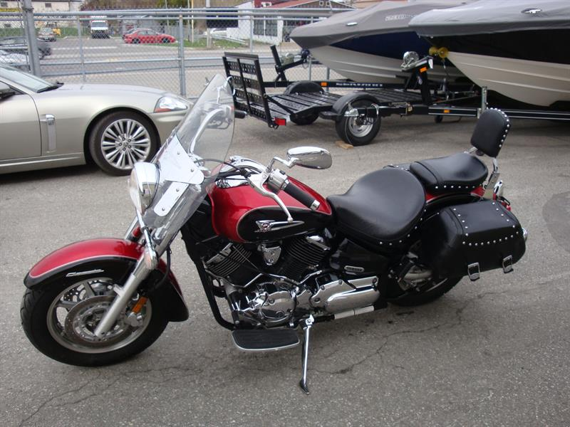 2005 Yamaha V-STAR 1100 CLASSIC silverado Used for sale in