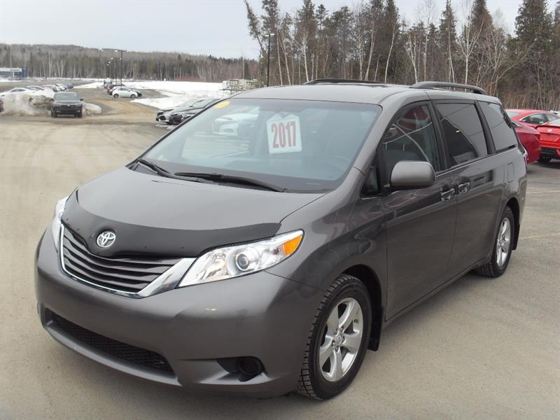 Toyota Sienna 2017 LE 5dr 8-Pass FWD  #H18056A