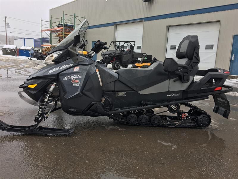 Ski-Doo Grand Touring LE 900 Ace 2016 #31721RDL