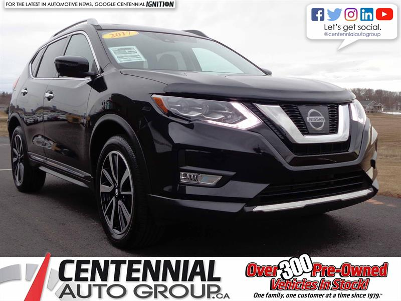 2017 Nissan Rogue AWD | Bluetooth | Moon Roof | NAVI | Backup Camera #S17-238