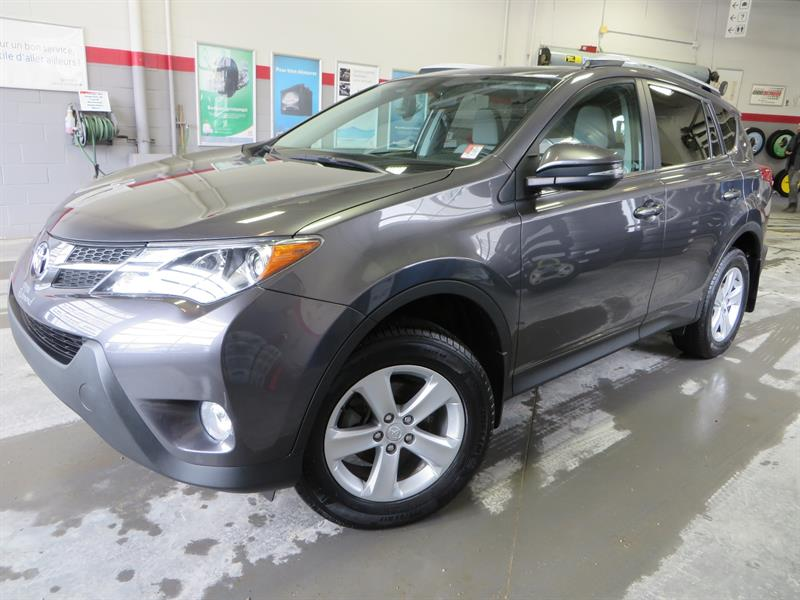 Toyota RAV4 2014 XLE FWD Gr:B *TRÈS BEAU + GARANTIE PROLONGÉE* #38344A