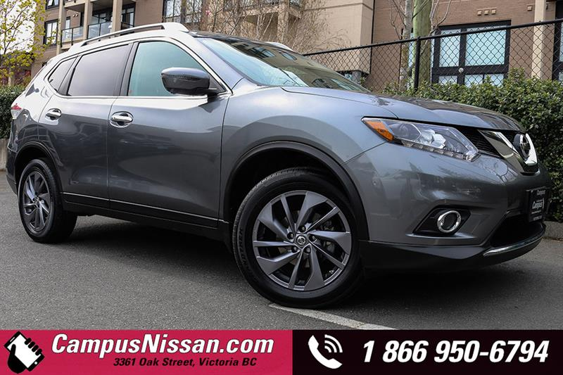2016 Nissan Rogue AWD w/ power lift gate #A7212