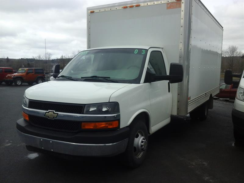 Chevrolet Express Commercial Cutaway 2013 3500 177'' (BOITE 16'') #04029