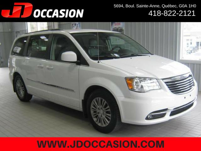 Chrysler Town - Country 2015 4dr Wgn Touring w-Leather #A4789A
