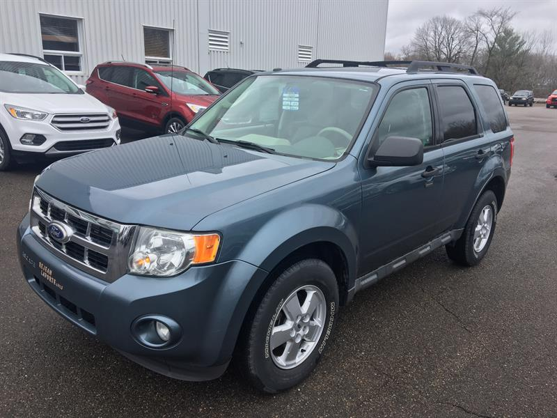 Ford Escape 2010 XLT 4WD #17043A