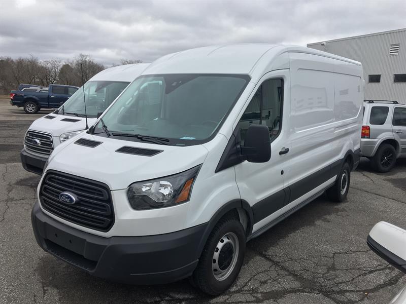 Ford Transit 2017 250  #U3573
