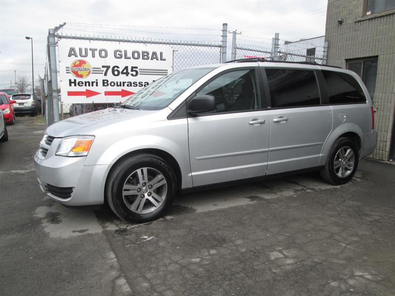 Dodge Grand Caravan 2010 SXT STOW N GO  MAGS EXCELLENTE CONDITION #18-385
