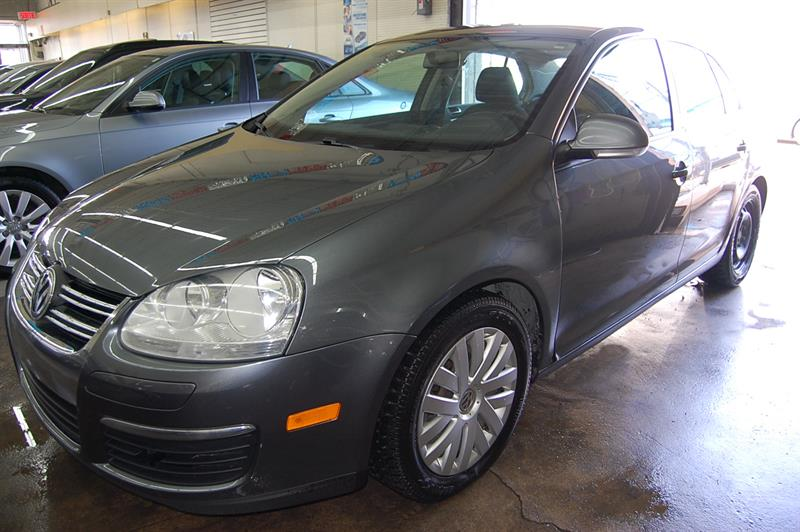 Volkswagen Jetta Sedan 2010 4dr TDI Cup
