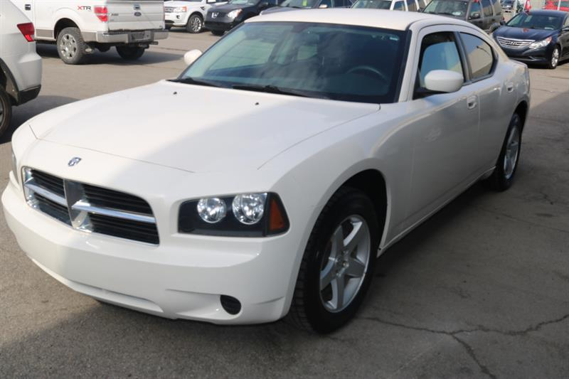 Dodge Charger 2010 4dr Sdn RWD #141
