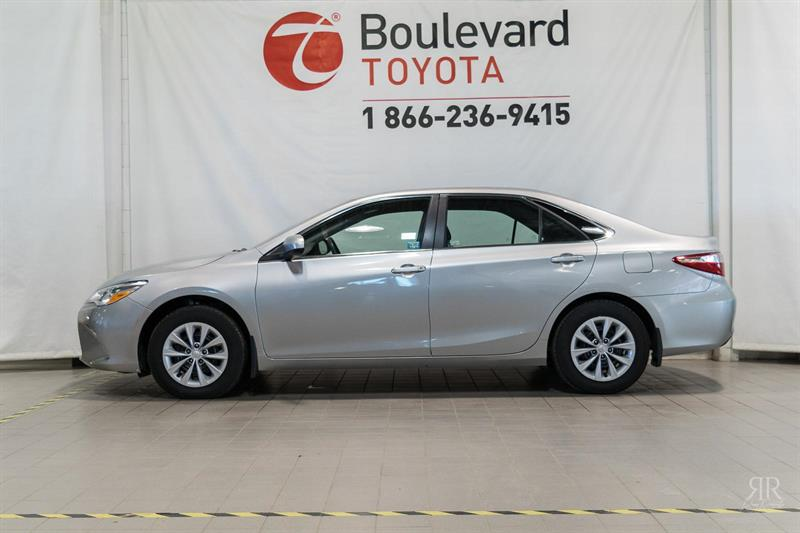 Toyota Camry 2017 LE #528823