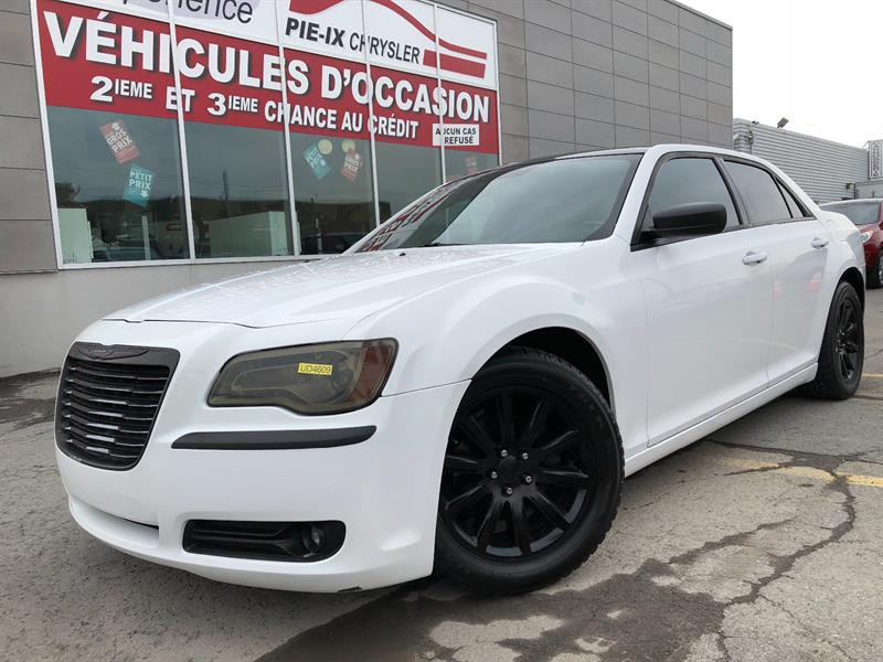 Chrysler 300 2011 4dr Sdn Limited RWD+CUIR+TOIT PANO+MAGS+NAV+WOW! #UD4609