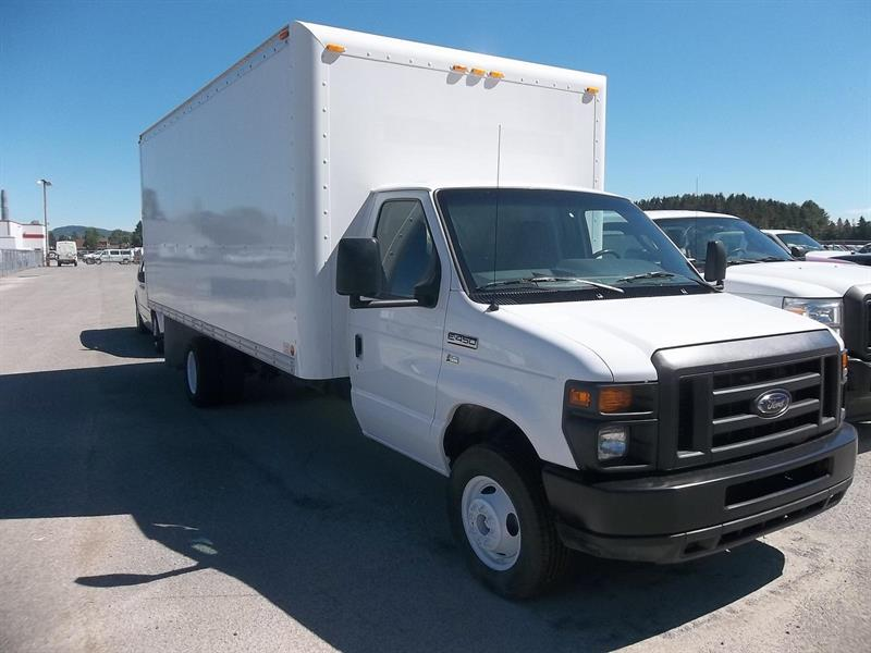 Ford E-450 18 PIEDS 2013 XL CUBE