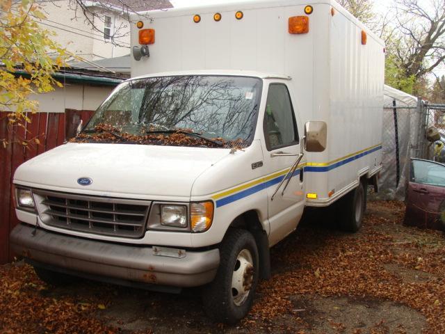1996 Ford E-350 VAN #1166