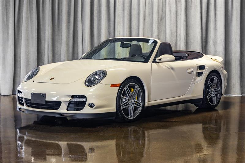 Porsche 911 Turbo 2009 CONVERTIBLE! CARBON CERAMIC BRAKES!