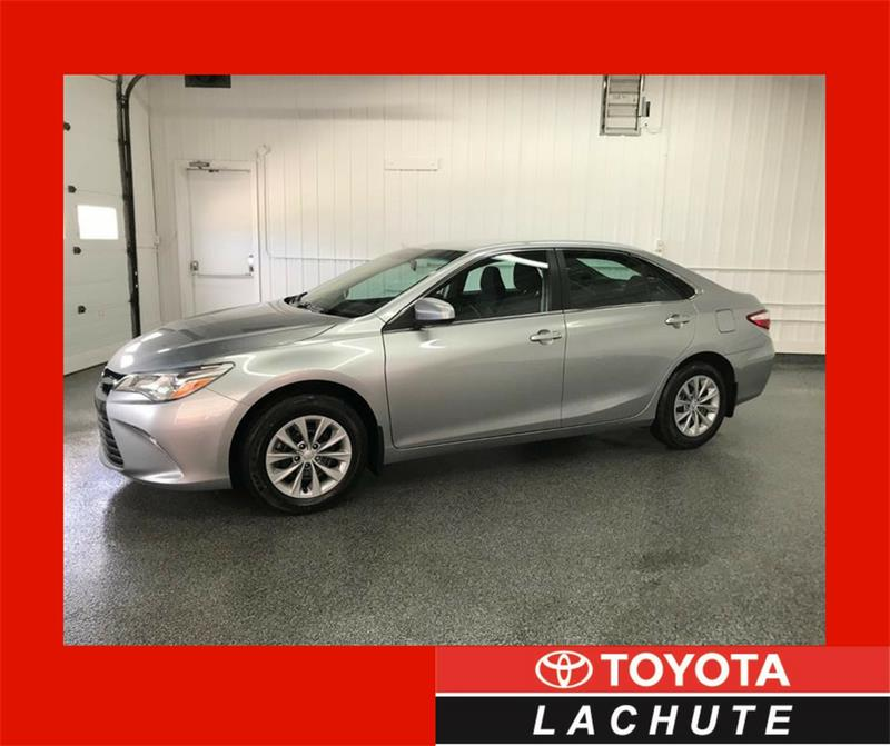Toyota Camry 2015 LE #18-205A