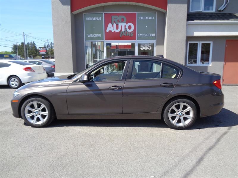 BMW 3 Series 2013  328i xDrive AWD**TWIN POWER TURBO** #9765