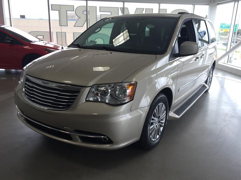 Chrysler Town - Country 2014 4dr Wgn Touring w-Leather #U3819