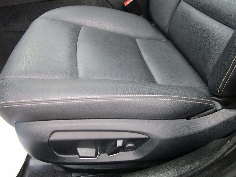 BMW 5 Series Sedan 12